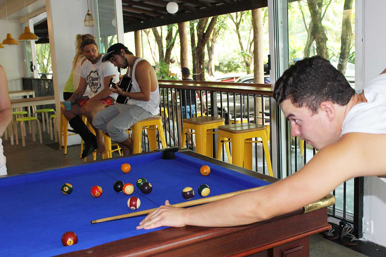 Global Backpackers Port Douglas -Pool Table